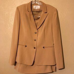 Tahari 3-pc skirt suit w/matching pants size 14
